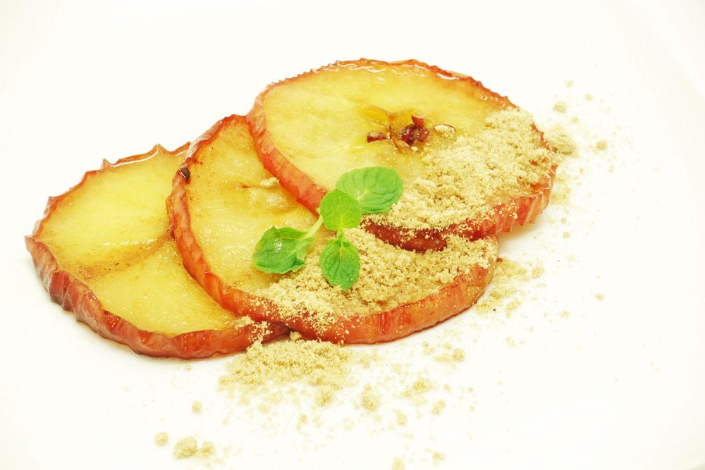 リンゴのバター焼き
